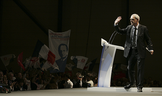Politique: Le PS en deuil au revoir Henri Emmanuelli.