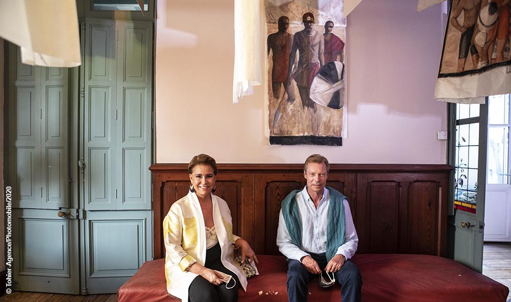 Art, Noblesse et Royautés, Henri et Maria Teresa de Luxembourg, découvrent le dernier travail de leur amie couturière Anelor Prats.