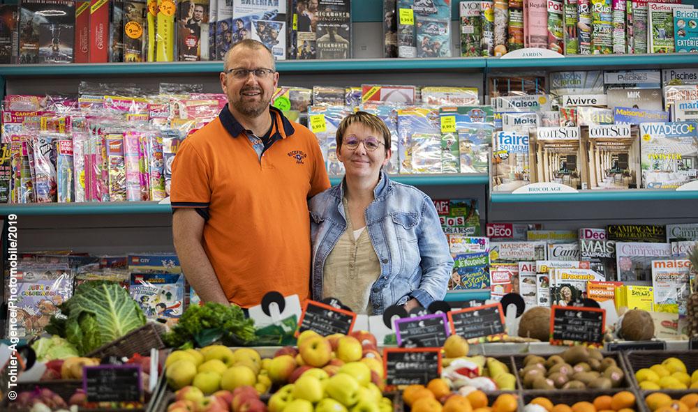 Économie : Ahetze, le renouveau du Vival et le temps des échanges autour d'un café avec Christelle et Régis depuis déjà 1 an.