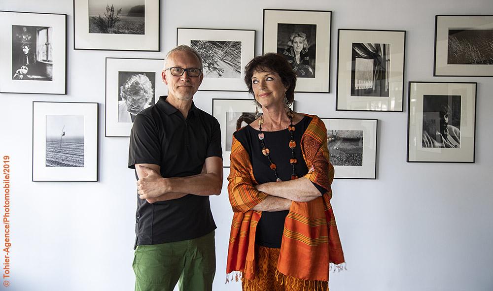 Culture : La galerie L'ANGLE à Hendaye reçoit les images de l'actrice, auteure, peintre et photographe Anny Duperey...
