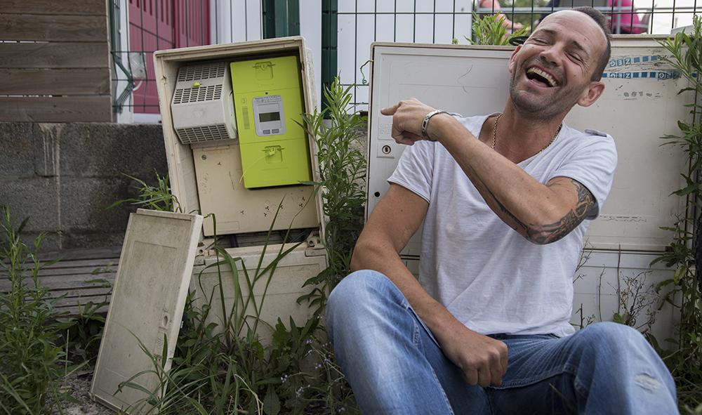 """ECONOMIE-SANTE PUBLIQUE : Comme une Fable...Christophe Ospital de """"Vélonews64"""" à Bidart et la """"Farce d'ENEDIS"""""""