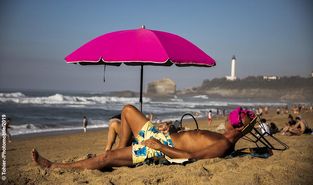 Nouvelles images sujet /Argazki Berriak datu basean Gaia : Vacances de fevrier Biarritz Pays Basque grande plage 26°