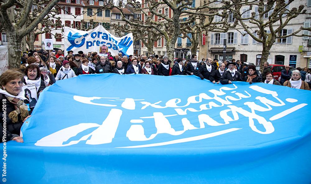Politique : Bayonne 9000 personnes pour la manifestation « ORAIN PRESOAK » (maintenant les prisonniers)