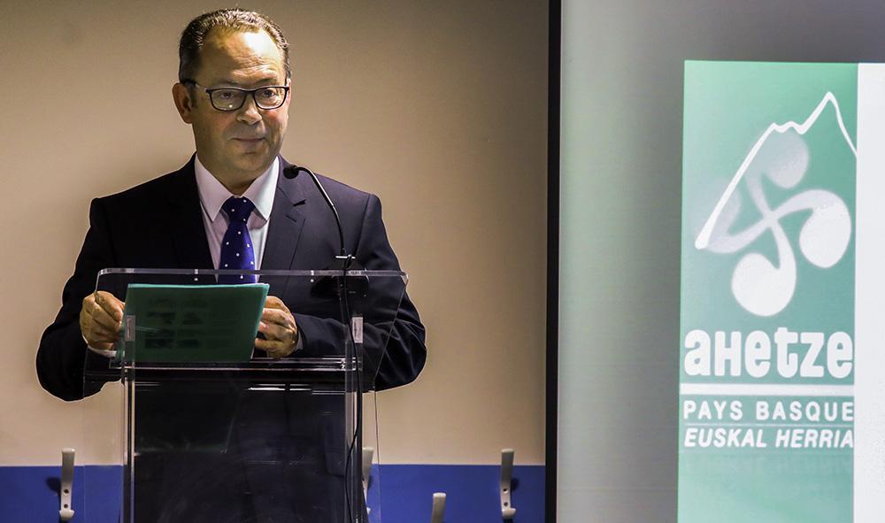 Politique : Vœux d'Ahetze l'autisme étatique s'invite au cœur du PLU et une Ikastola ( école immersive en langue basque ) pourrait voir le jour.