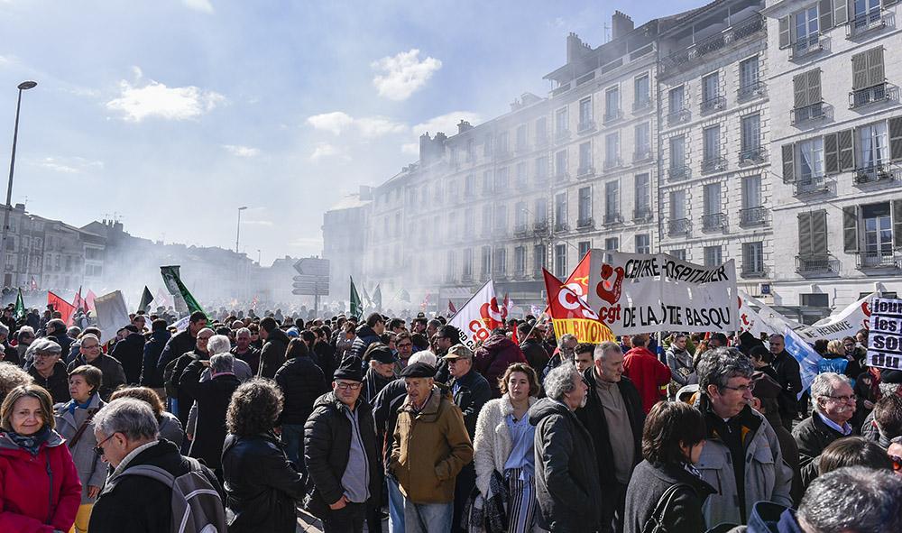 SOCIETE : Pays Basque, Bayonne une mobilisation sociale du 22 mars avec environ 3500 personnes.