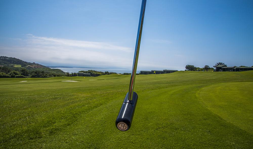 """Sport / Innovation : Golfez à """"l'état pur"""" avec Golf Herria avec un tout nouveau type de putters, tout droit sorti de l'industrie et du savoir-faire aéronautique."""