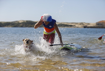 Cani-Triathlon 2017 ici le dimanche 8 octobre à Vieux-Boucau-les-Bains dans les Landes (40) un evenement organise par la clinique veterinaire Zatozte de Bidart dans le Pays Basque en association avec le site (www.lasantedemonchien.fr). Seconde edition de son triathlon canin associant cani-paddle (ou cani-canoe), cani-VTT (ou cani-trottinette ou cani-roller) et cani-cross.