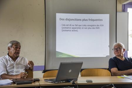 José Lavictoire AG sur la photo, representant du CADE Collectif des Associations de Défense de l'Environnement du Pays-Basque et du sud des Landes le 04 juillet 2018 lors de  la Conférence de presse des collectifs anti Linky du Pays basque à Bayonne.  Bayonne, Pays basque, Nouvelle Aquitaine, Pyrénées-Atlantiques, Europe, France.