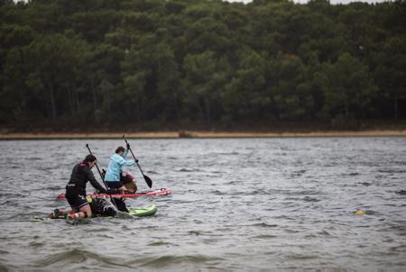 Cani-Triathlon2018 le dimanche 7 octobre à Vieux-Boucau-les-Bains dans les Landes (40) un evenement organise par la clinique veterinaire Zatozte de Bidart dans le Pays Basque en association avec le site (www.lasantedemonchien.fr). 3e edition de son triathlon canin (cani triathlon) associant cani-paddle (ou cani-canoe), cani-VTT (ou cani-trottinette ou cani-roller) et cani-cross.  Vieux-Boucau-Les-Bain, Landes, 40 , Nouvelle Aquitaine, Pyrénées Atlantiques, Sud Ouest, France, Europe.