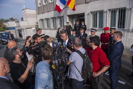 Laurent Nunez le nouveau Secrétaire d'État auprès du ministre de l'Intérieur et ancien sous-prefet de Bayonne, en visite au Pays basque le 19 octobre à Hendaye dans l'enceinte de la police aux frontières.  Hendaye, Pays Basque, Region Nouvelle-Aquitaine, Pyrenees-Atlantiques France, Europe.