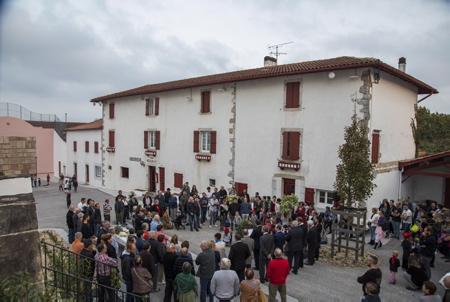 Inauguration le 19 octobre 2018 de la place Mattin-Treku ou Mattin-Trecu du village d'Ahetze au Pays basque dans la province du labourd.  Ahetze, Pays Basque, Region Nouvelle-Aquitaine, Pyrenees-Atlantiques France, Europe.