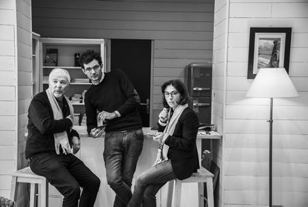 Série photographique PERMANENCE, Nathalie Motsch tête de liste de BIARRITZ EN A BESOIN avec au centre Matthieu Peyrelongue son Directeur de campagne et Jean-Philippe viaud réalisateur-chroniqueur spécialisé dans le théâtre. Nathalie Motsch se présente pour les élections municipales et communautaires 2020 de Biarritz au Pays basque.  Photographic series PERMANENCE, Nathalie Motsch tops the list of BIARRITZ EN A NEED with in the center Matthieu Peyrelongue his Campaign Director and Jean-Philippe viaud director-columnist specialized in the theater. Nathalie Motsch is running for the 2020 municipal and community elections in Biarritz in the Basque Country.  Biarritz, Pays basque, 64 , Nouvelle Aquitaine, Pyrénées Atlantiques, Sud Ouest, France, Europe. New Aquitaine, Basque Country.