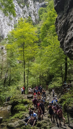 Les Gorges de Kakuetta la petite amazonie basque à Sainte-Engrâce au Pays Basque dans la province de la SOULE, PARADOXE de la crise sanitaire,