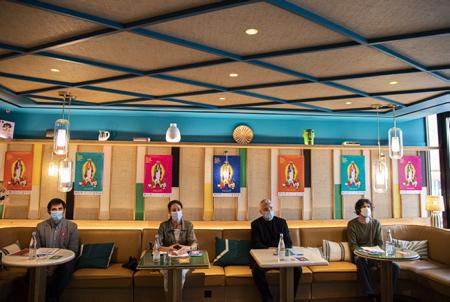De GàD Antoine Sebire délégué général du Festival Biarritz Amerique Latine, Anne PINATEL Adjointe à la culture à la mairie de Biarritz, Serge Fohr Président du Festival et Nicolas Azalbert Responsable de la programmation du festival, lors de la conférence de presse au café de Paris à Biarritz au Pays basque, le mardi 22 septembre 2020.  From GàD Antoine Sebire General Delegate of the Festival Biarritz Amerique Latine, Anne PINATEL Assistant for culture at the town hall of Biarritz, Serge Fohr President of the Festival and Nicols Azalbert Head of the festival's programming, during the press conference at the café de Paris in Biarritz in the Basque Country, Tuesday September 22, 2020.  Biarritz, Pays Basque, Euskal Herri, Basque Country, Nouvelle Aquitaine, New Aquitaine, Pyrénées Atlantiques, Sud Ouest, France, Europe.